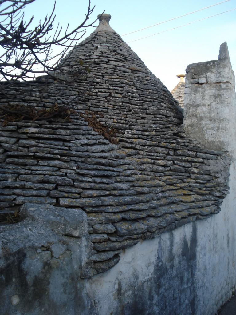 Каменный шалаш